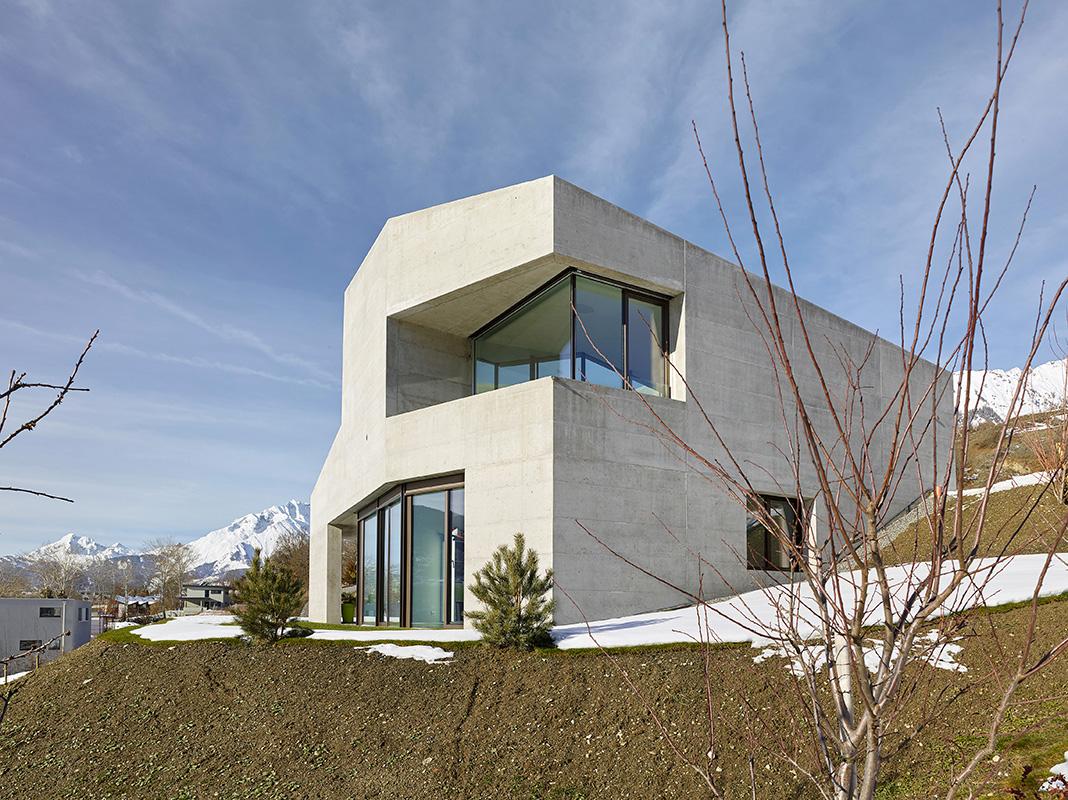 habitation Grimisuat - 2015 © Nicolas Sedlatchek