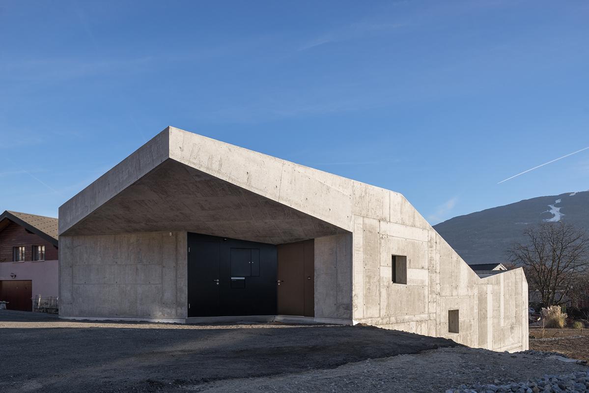 habitation Savièse - 2016 © Nicolas Sedlatchek